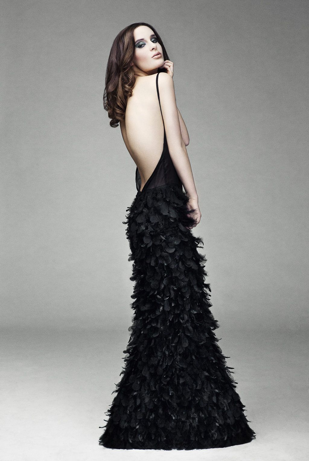1000  images about Feathers♥ on Pinterest - Winter bride- Oscar ...