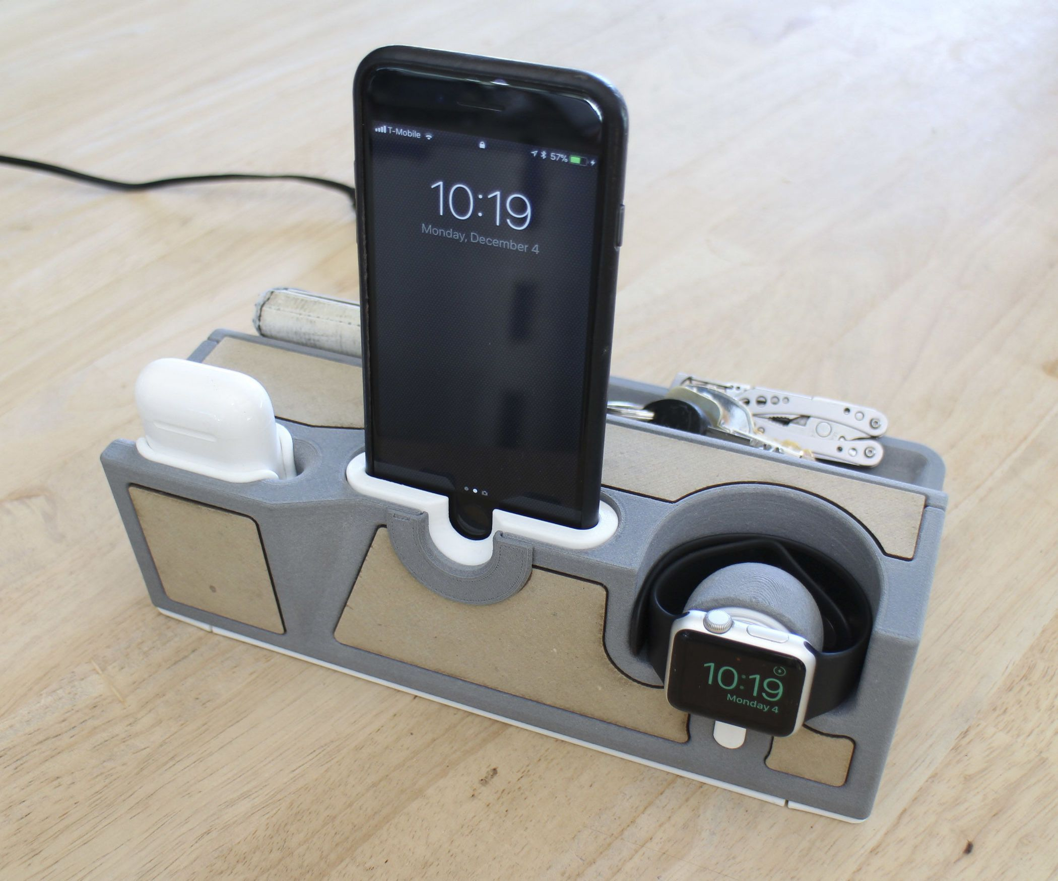 Stylish Charging Station Need A Stylish Dock For All Your Apple Things This Project Is For