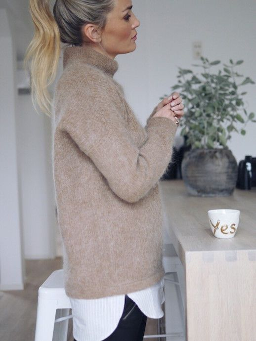 A Cool (And Cozy) Layered Winter Look To Try Now (Le Fashion ... c52983b4b
