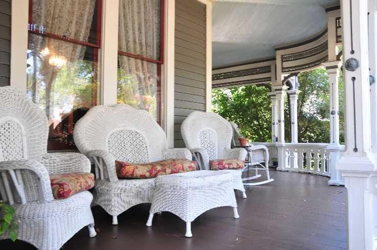 front porch Victorian wicker furniture  Victorian Decor