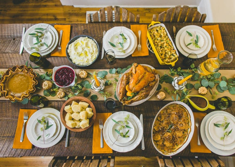 Here S How To Set A Beautiful Thanksgiving Table On A Budget Cooking Thanksgiving Dinner Thanksgiving Cooking Thanksgiving Dinner