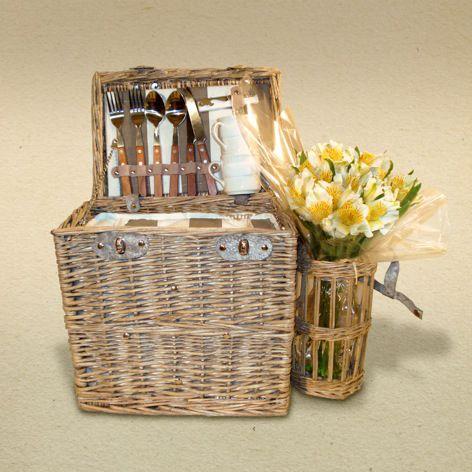 Resultados de la Búsqueda de imágenes de Google de http://www.casaflorida.es/centros-de-flores/cesta-de-picnic.jpg
