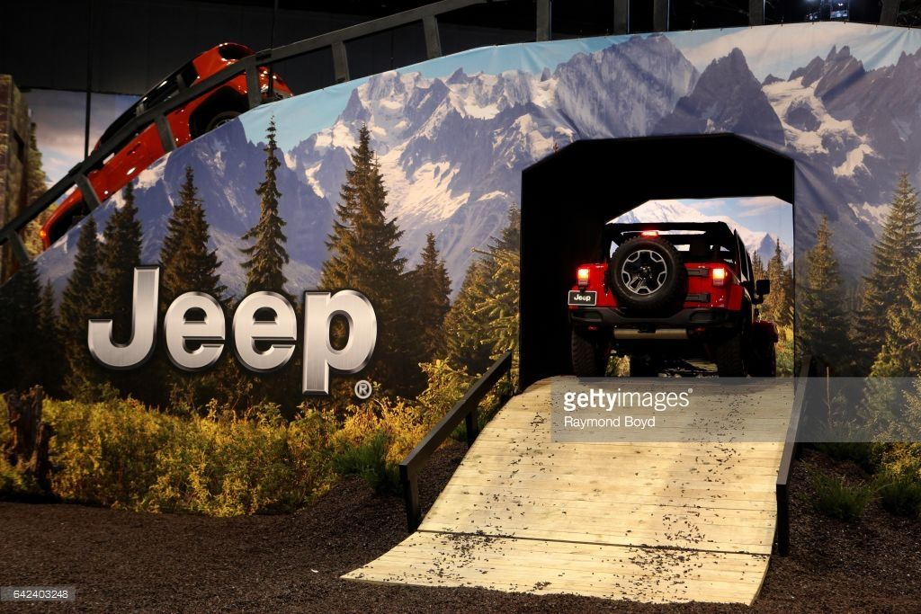 Jeep Wrangler Rubicon Enters The Camp Jeep Indoor Track Experience