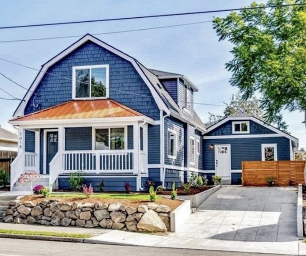 Copper Roof Blue Siding Ecosia In 2020 Copper Roof House House Exterior Blue Copper House