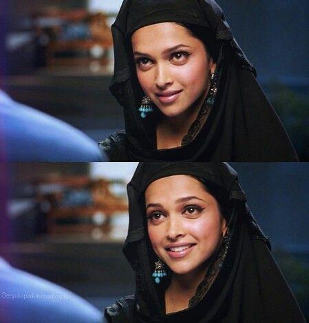 "Deepika as Shanti in ""Om Shanti Om"" | Féminin sacré ..."
