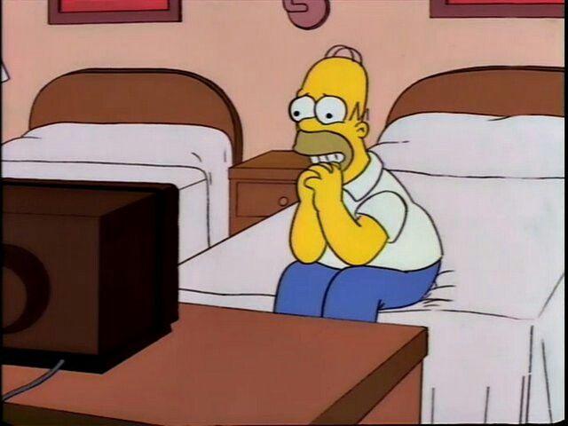 Viendo La Rosa De Guadalupe V Los Simpsons Imagenes De Los Simpson Los Simpson