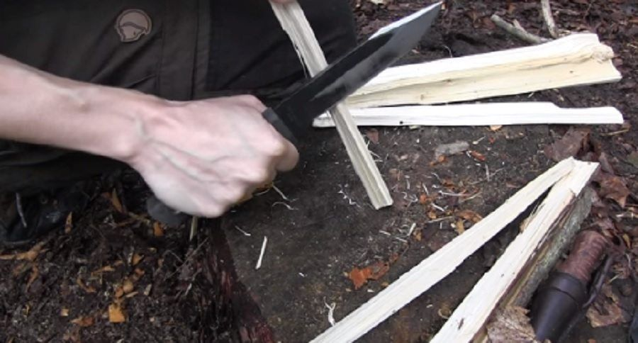How to Make Fire Starting Feather Sticks with Survival