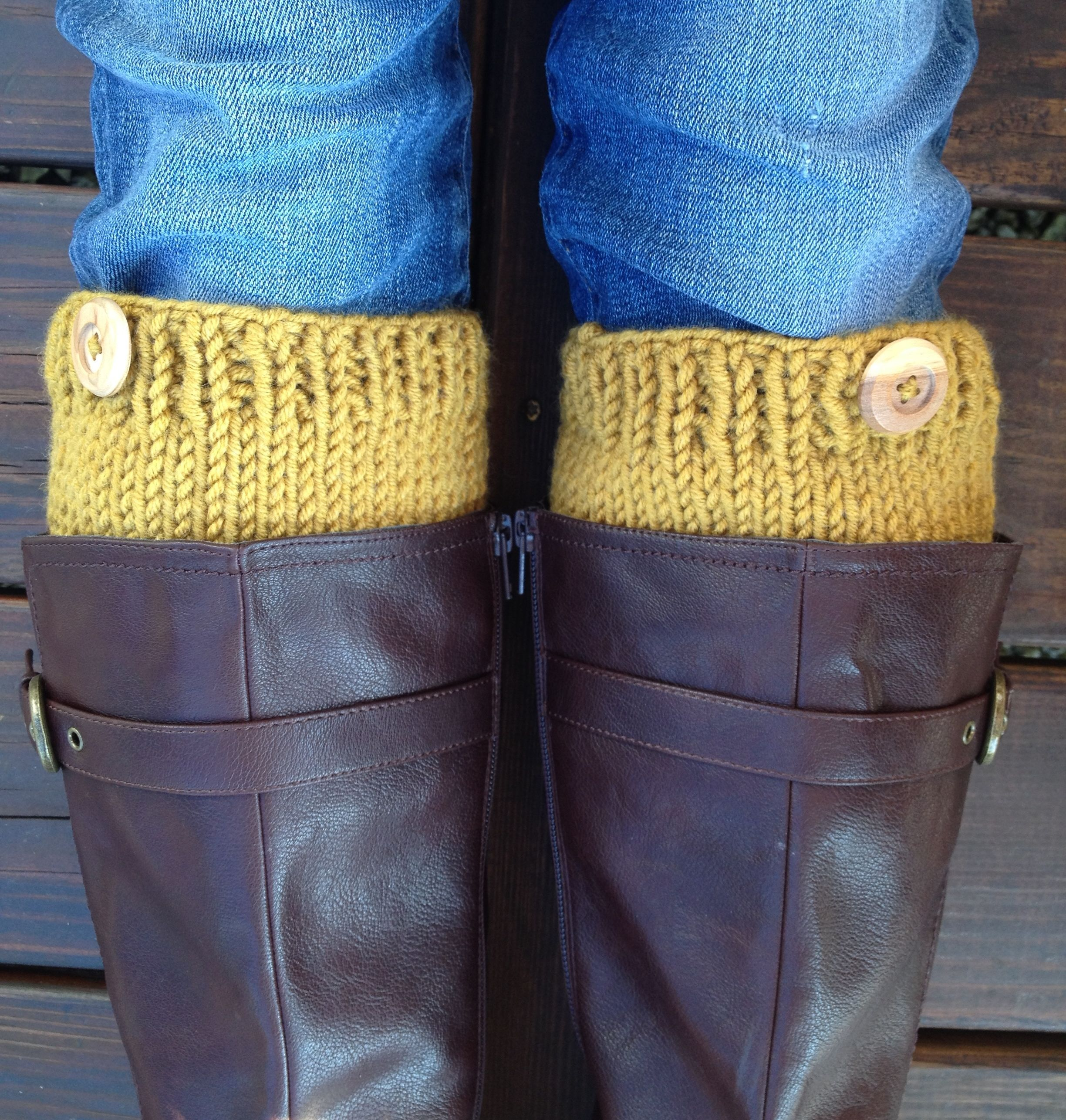 Knit Boot Cuffs or Boot Toppers | Knit and Crochet