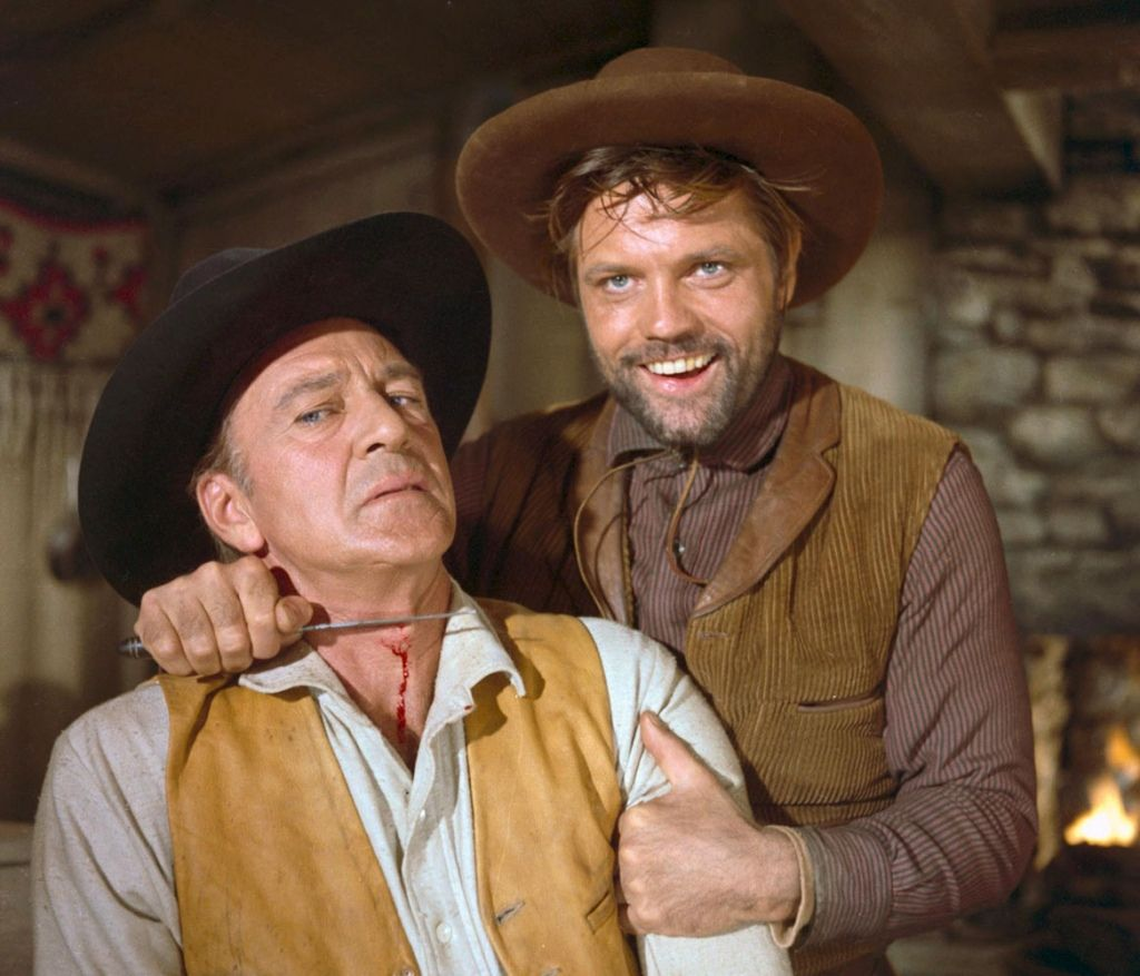 l homme de l ouest the o jays and film man of the west gary cooper julie london lee j cobb director anthony mann imdb a reformed outlaw becomes stranded after an aborted train robbery