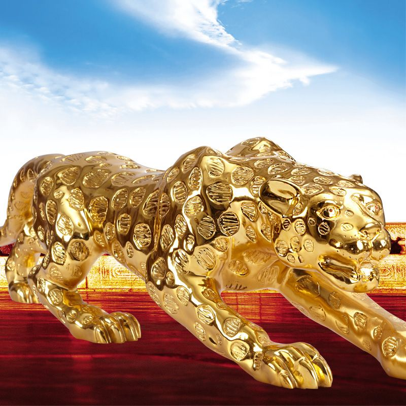 Leopard Queen Decoration Lucky Crafts office opened in modern home decoration living room TV cabinet ornaments