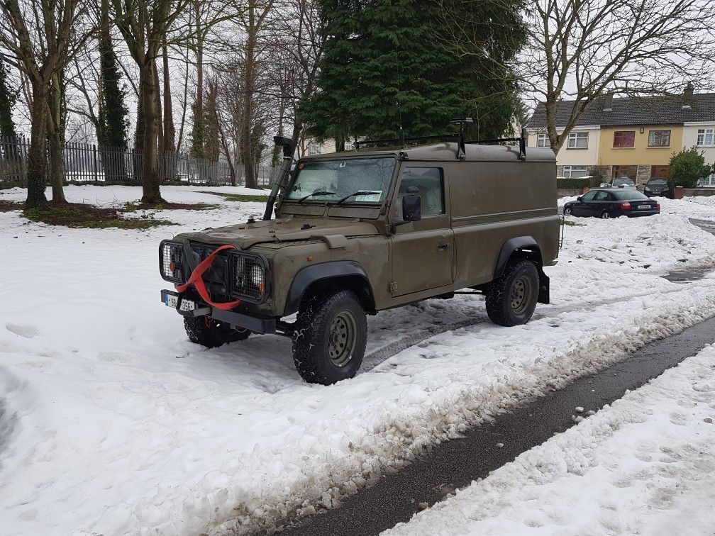 Pin By Gavin Powney On Landrover And Stuff Land Rover