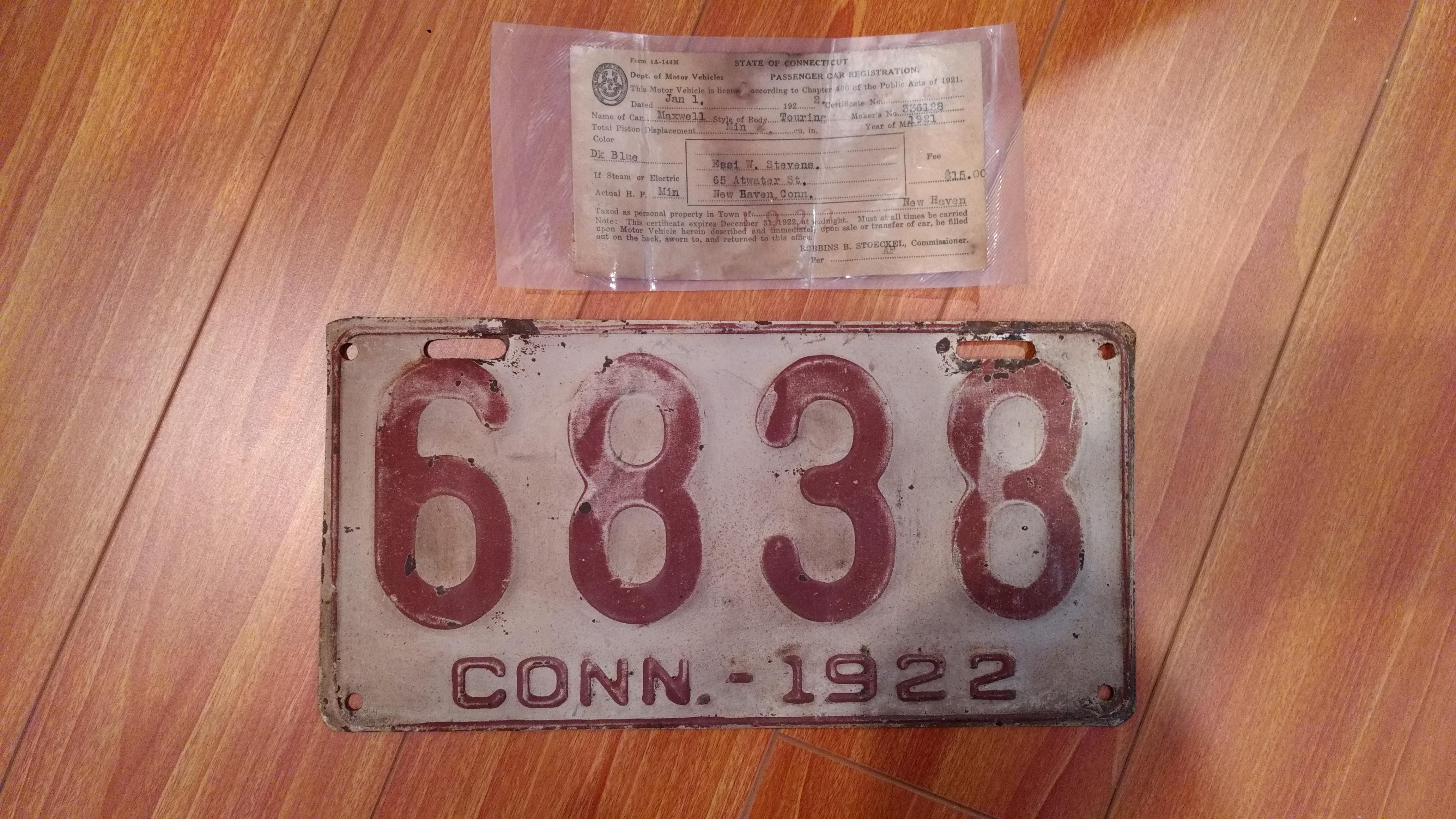 A Connecticut license plate and vehicle registration from 1922 | Old ...