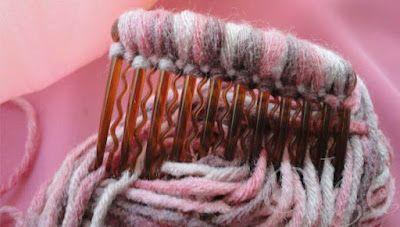 Peineta, decorada con lana. eltocadordecenicienta