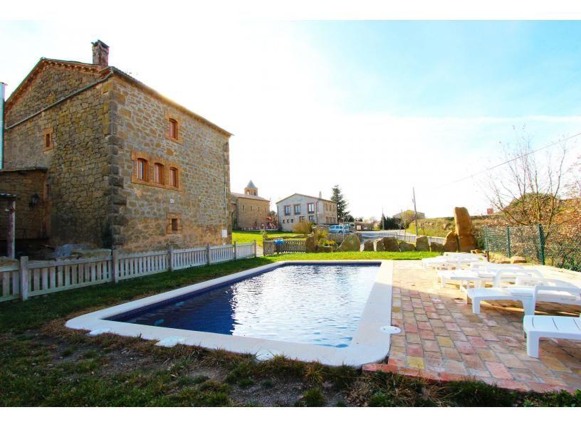 Louer une maison ou une villa avec piscine sur un emplacement