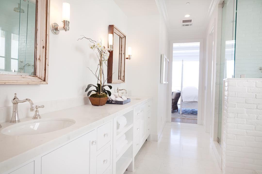 "Photo of Graystone Custom Builders Inc. on Instagram: ""• Master Bathroom • #whiteout #freshlook  #custom #newportbeach #graystonecustombuilders"""