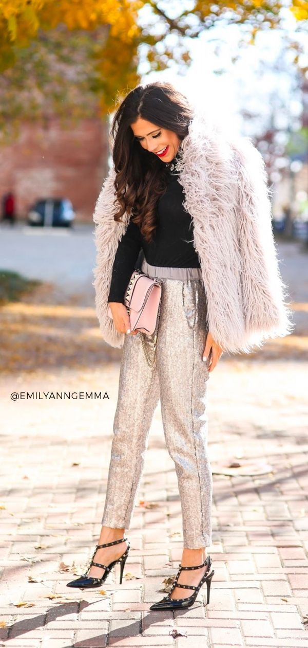 Pairing sequin leggings  trousers  pants can be super dressy or casual  it is totally up to you Emily Gemma The Sweetest Thing Blog