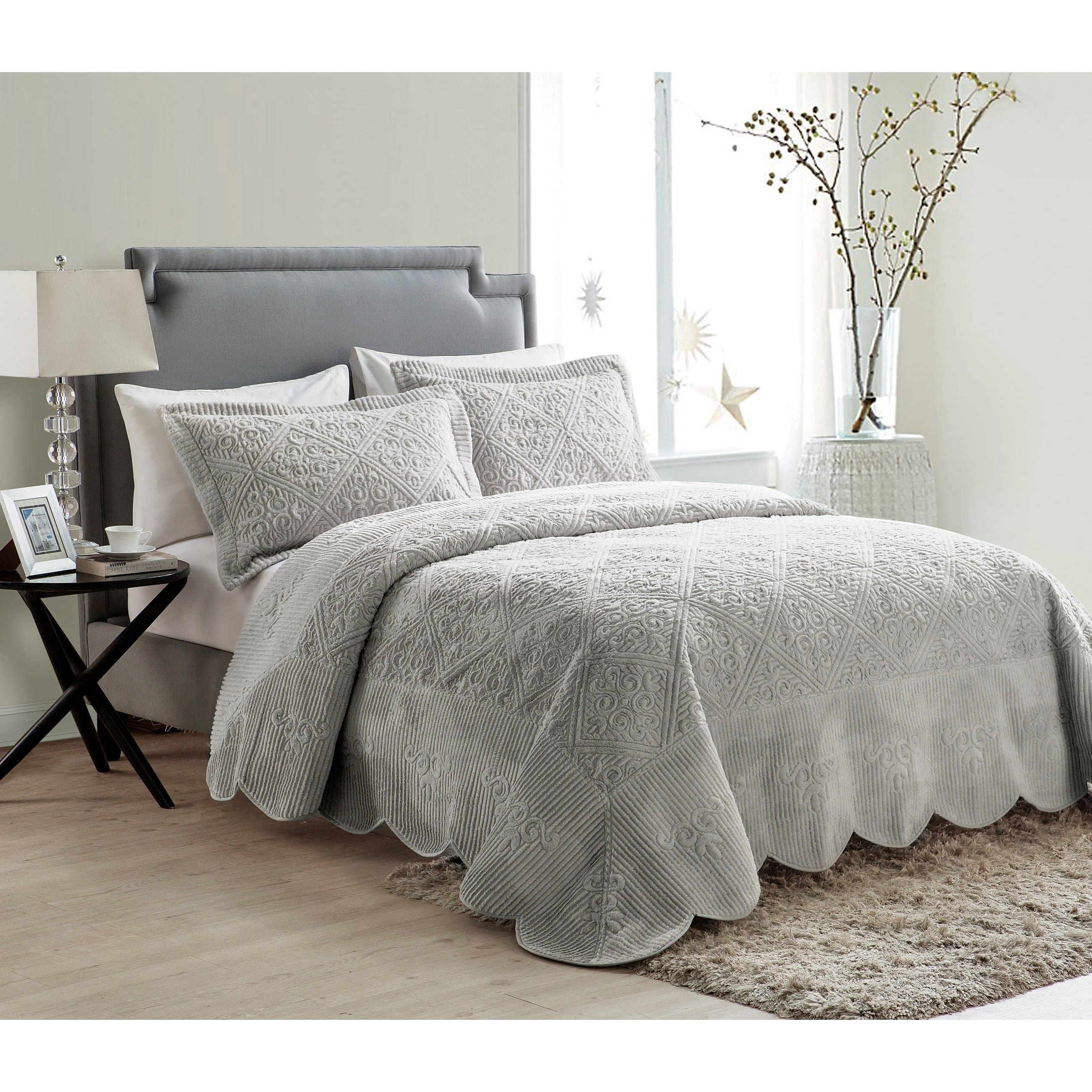 Vcny Westland Plush Quilted Bedspread Set With Images