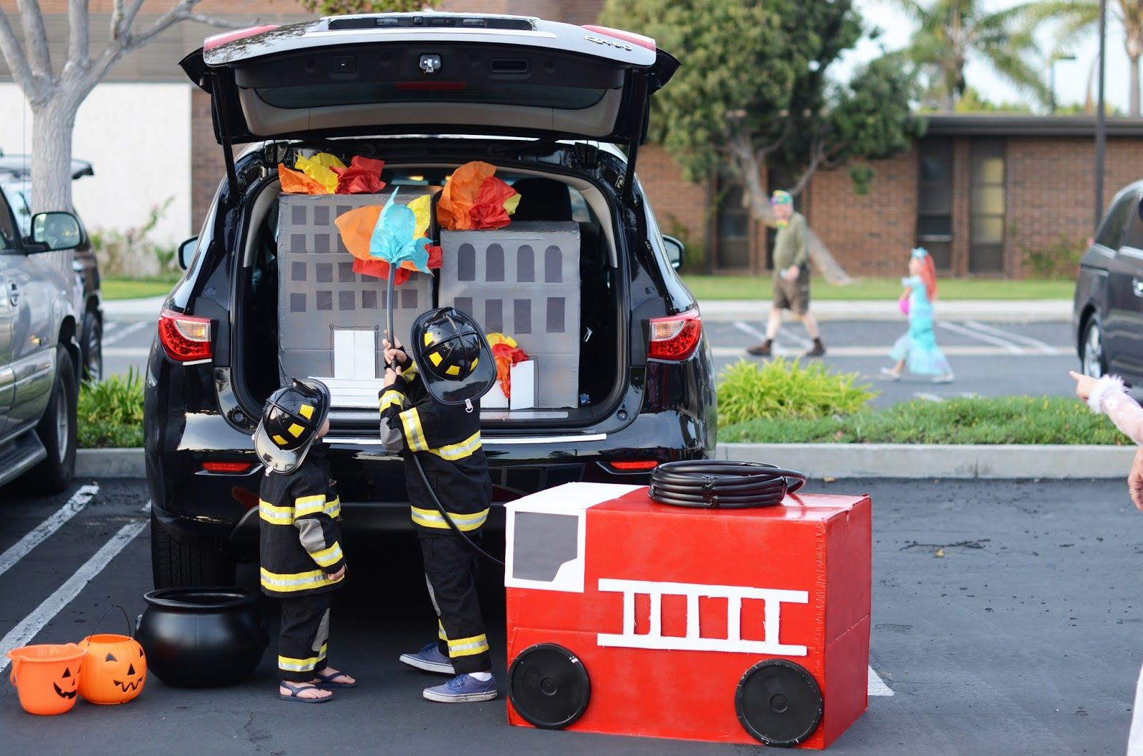 Halloween Firefighter Trunk Decorations Halloween Pinterest