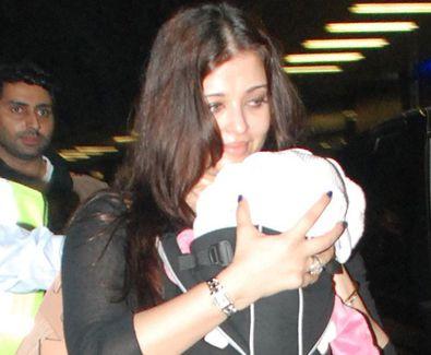 Aishwarya With Her Baby Aishwarya Rai Latest Photos With Her Baby