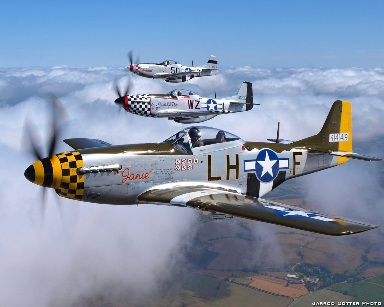P51 D Mustangs Of World War Ii P51 Mustang Vintage Aircraft