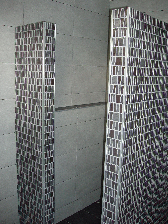 badkamer met wanden met trento mozaiek Tegelhuys | vloer tegels ...