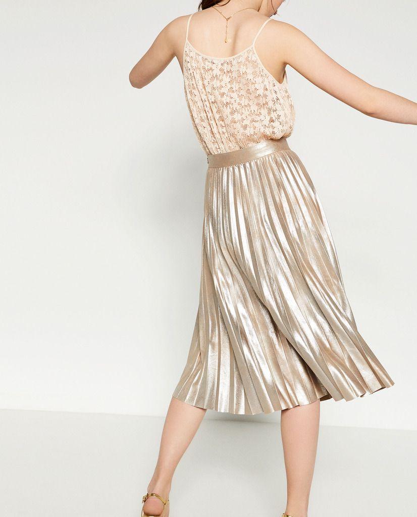 613e21d24 Zara Rusty Metallic Suede Finely Pleated Skirt Size S// #gold #metallic # PleatedSkirt #MidiSkirt #skirt #fashion #style #stylish #shop #limited  #sale #GUCCI ...