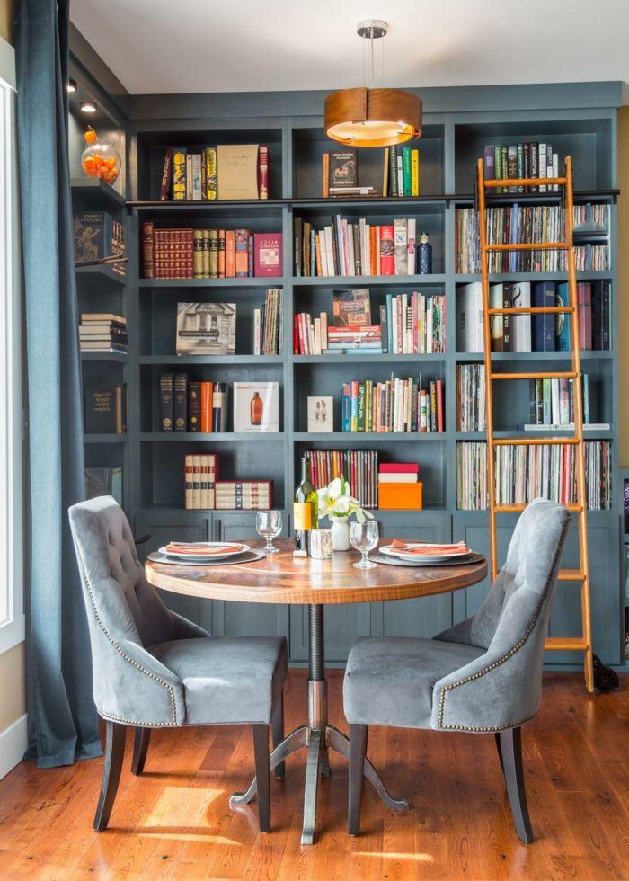comedor para dos personas, estanterias para libros, decoración en ...