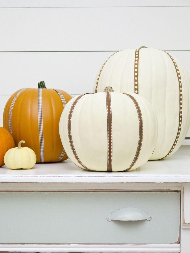 20+ Hip Halloween Decorating Ideas Hgtv, Halloween kids and - halloween decorating ideas indoor