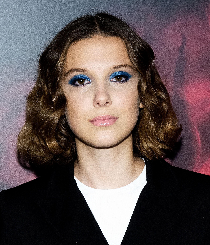 How To Wear Blue Eyeshadow Like Millie Bobby Brown And Lily Aldridge Brown Eyeshadow Millie Bobby Brown Bobby Brown