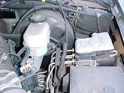 Brake Fluid Inspections Car Repair Information From Mastertechmark Brake Fluid Auto Repair Repair