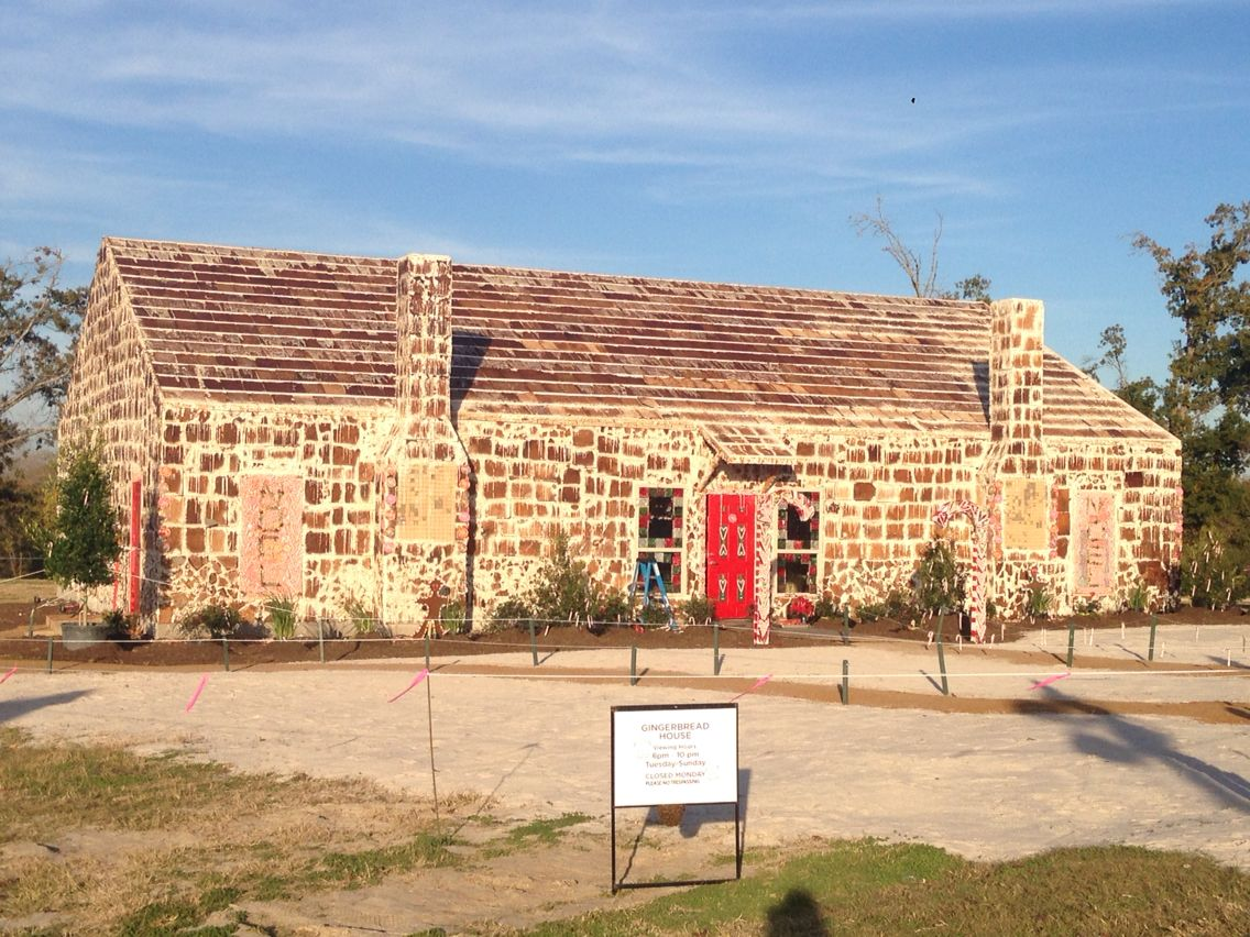 World's largest gingerbread house in Bryan, Texas. A bumblebees PARADISE.