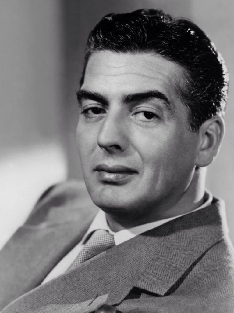 Victor Mature Classic Movies, Classic Hollywood, Male Icon, Esther  Williams, Actresses,