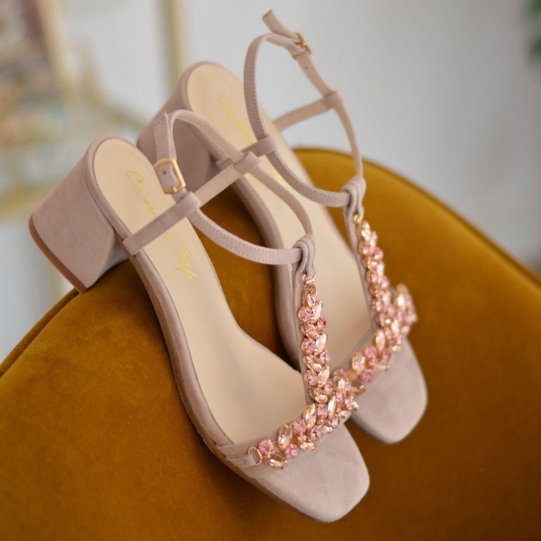 En Bajitos De Tus Sandalias Joya También ⠀ Diseña Tacones Zapatos 08wNmnvO