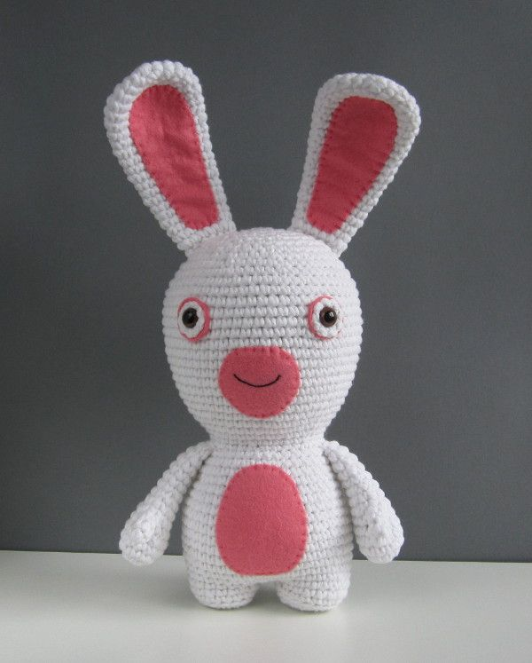 Amigurumi Rabbit Tutorial : Amigurumi bunny rabbit free crochet pattern and tutorial