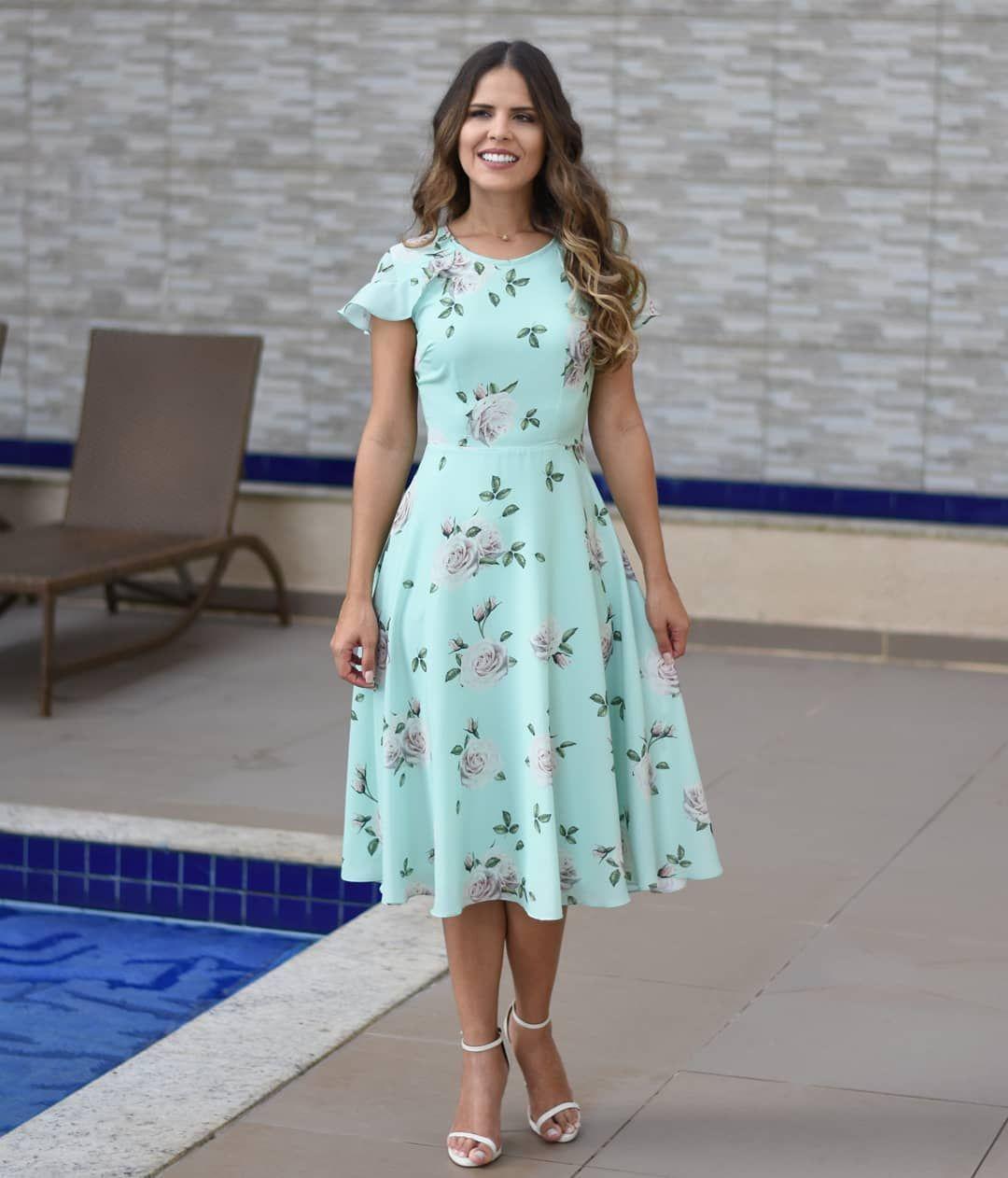 """a10db6d6d 3,374 curtidas, 231 comentários - Midi Modas (@midimodas) no Instagram: """"❤ Vestido Ellen❤ . Vestido godê na estampa floral, fundo cor verde água."""