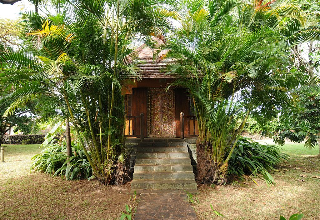 Le Jardin de Beau Vallon | House styles, Places, House