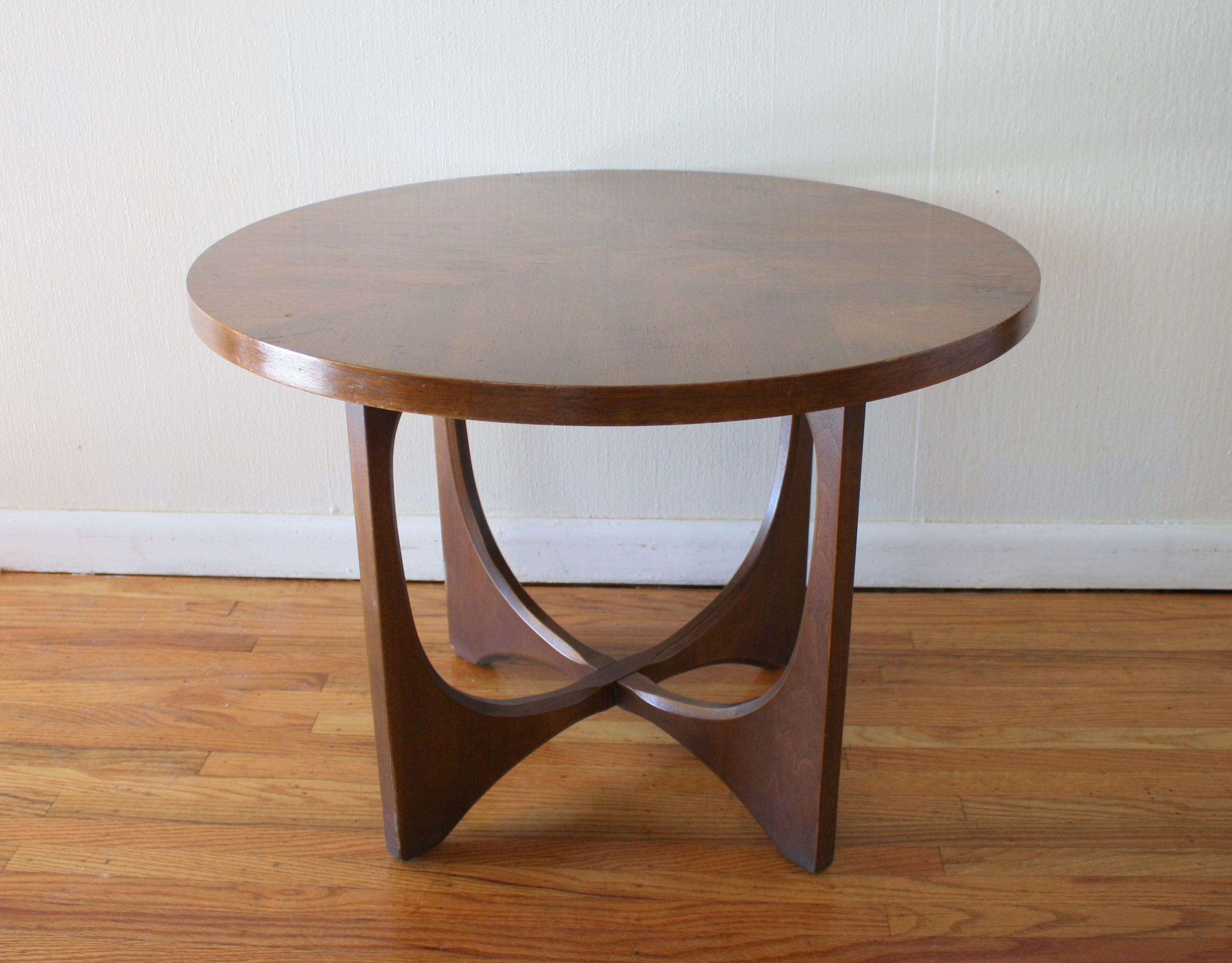 Fantastic Broyhill Brasilia Round Table 1 Picked Vintage Bryant Uwap Interior Chair Design Uwaporg