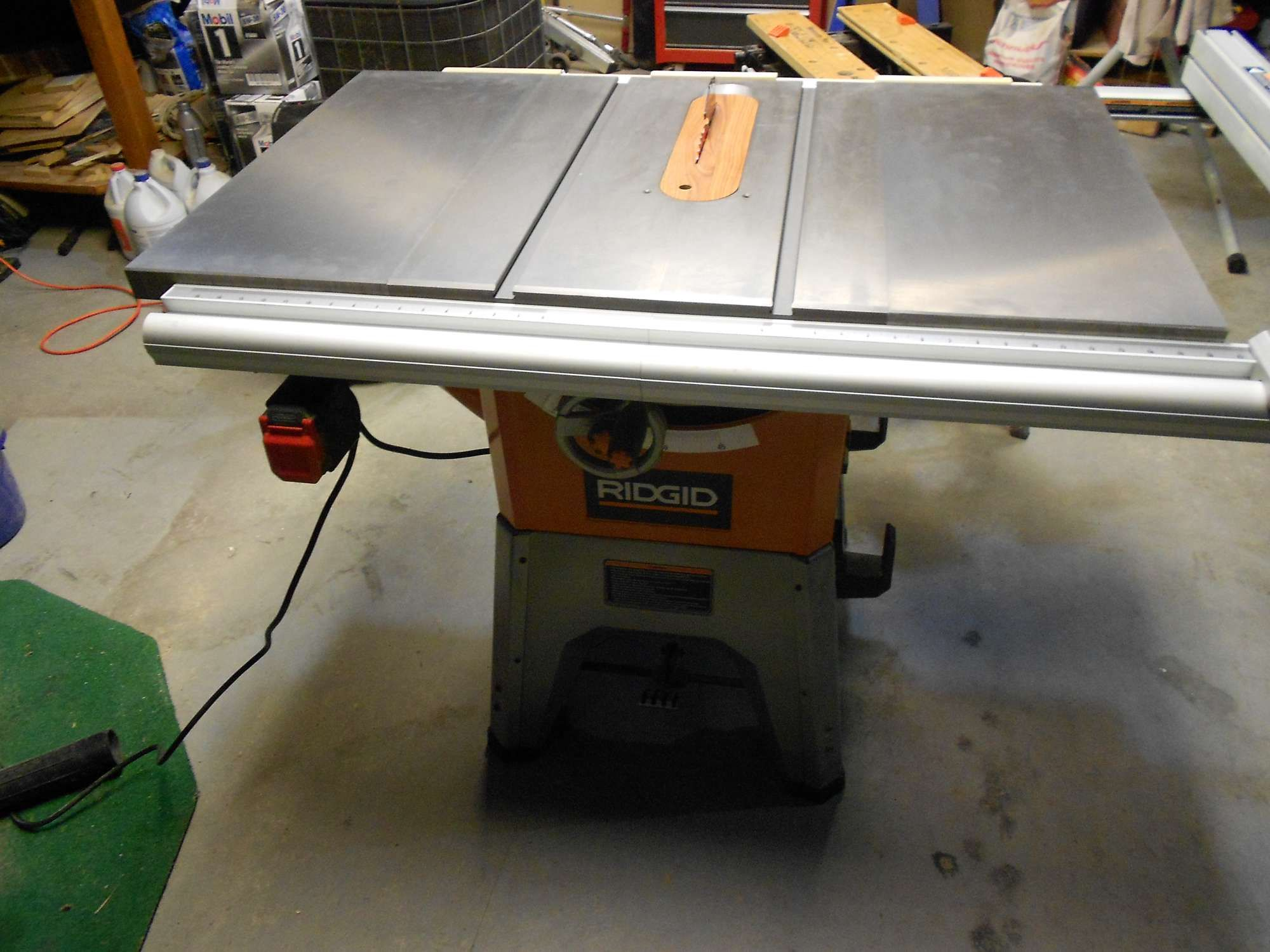 R4512 and saw stop cast iron wings as an upgrade for 10 cast iron table saw ridgid