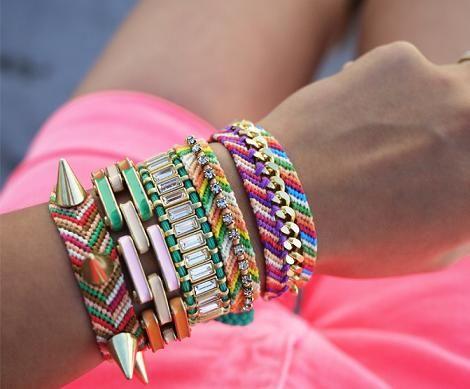 c419c28ed6ec Pulseras de moda verano 2012 Chicas para este verano a lucir todo el  guardarropa que tengamos lleno de color!  ) tanto en accesorios como en  prendas ...