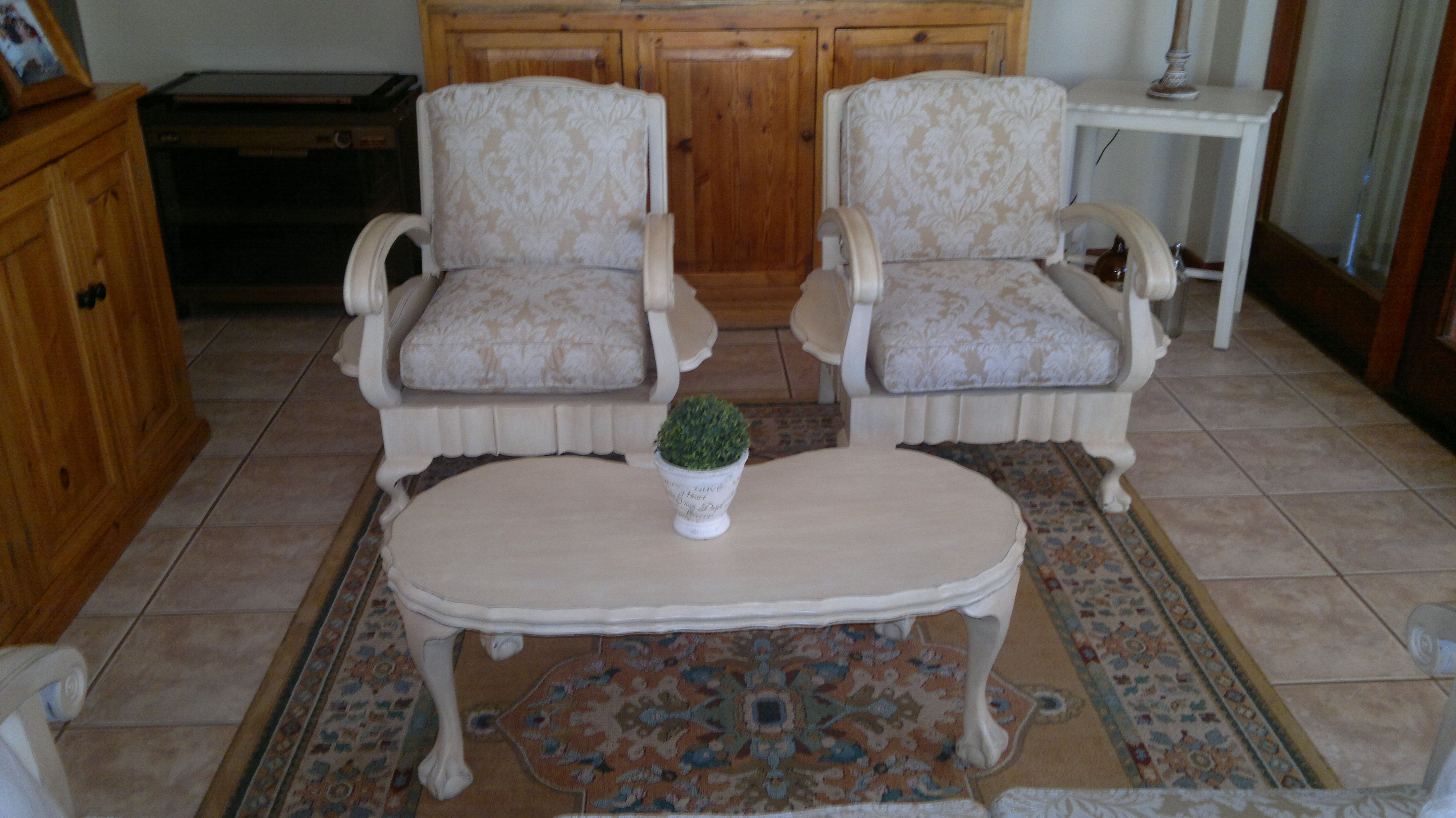 Old Imbuia Ball And Claw Furniture Given A Face Lift With