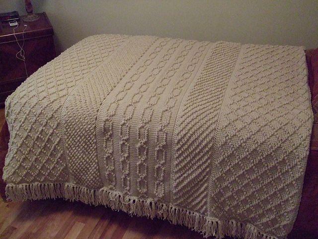 Afghan-Stitch Aran pattern by Elizabeth Klaczak | Tunesien, Deckchen ...