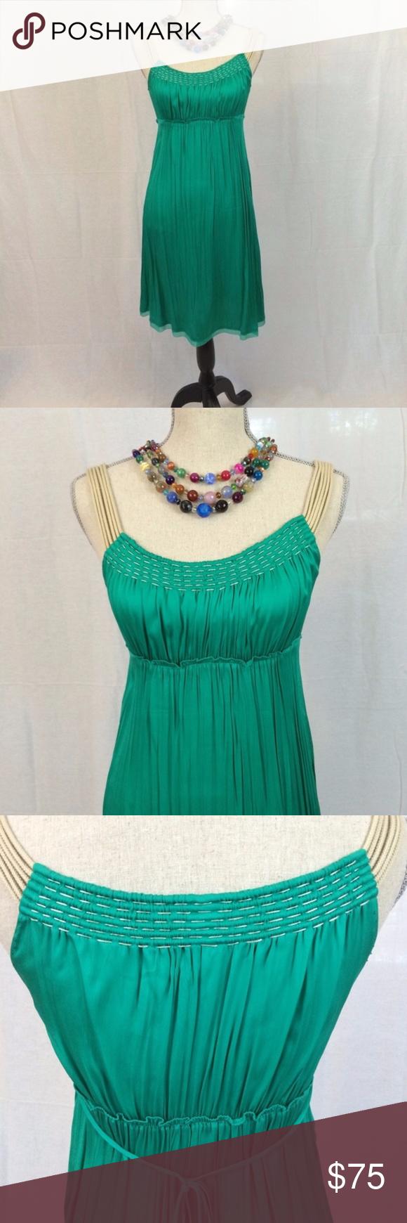 b603a325d385 Elie Tahari Emerald Green Silk Dress Sz 4 Wear this beautiful emerald green silk  dress to a wedding, as a day to evening dress, or on date night!