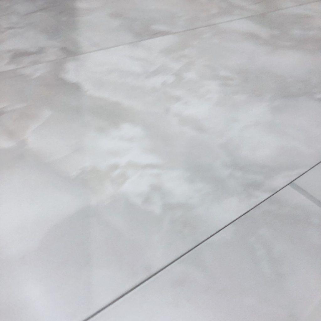 セキスイハイムのフローリングの床材 種類 hd 無垢 大理石調