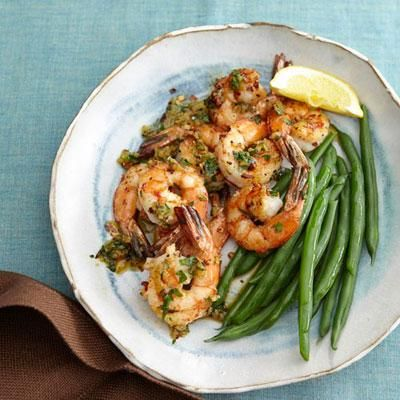 Healthy recipes: Garlic Shrimp. This dinner is ready in just 15 minutes!
