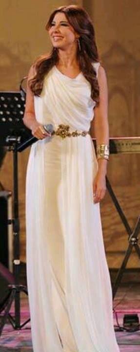 Thw Queen Nancy with White dress \u003c3 \u003c3