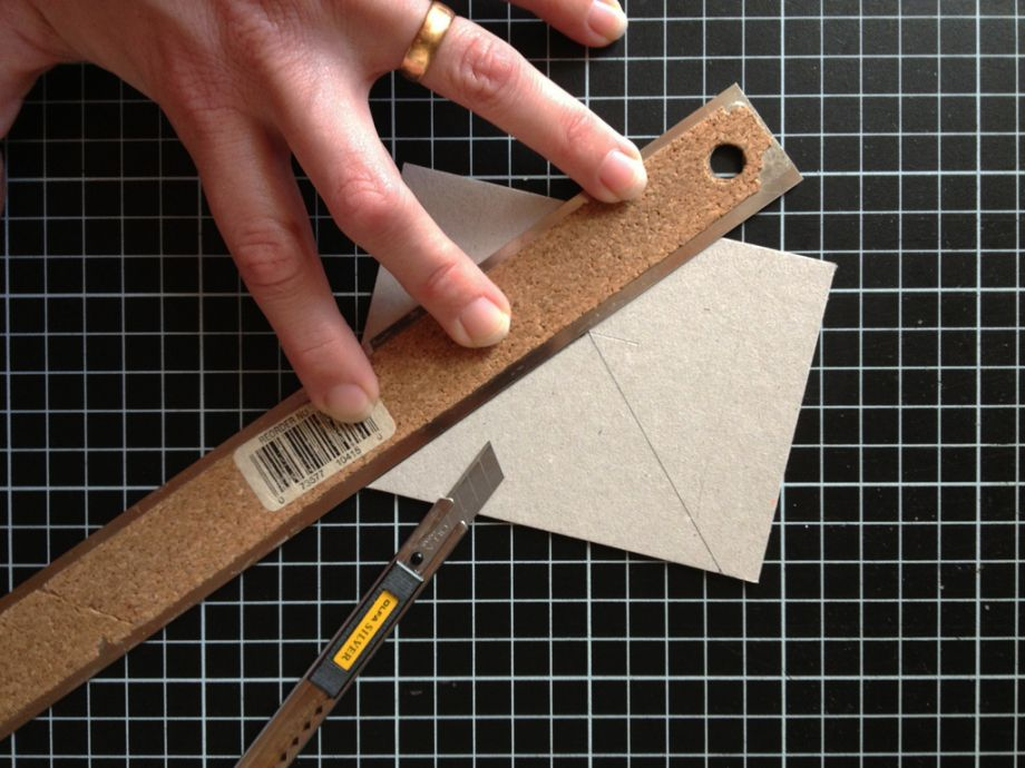 How to make a collapsible punching trough (With images