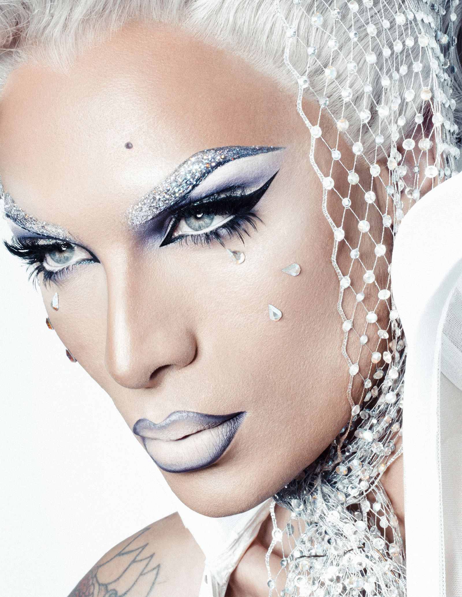 Miss Fame BOOK I DRAG Pinterest Queens and Rupaul