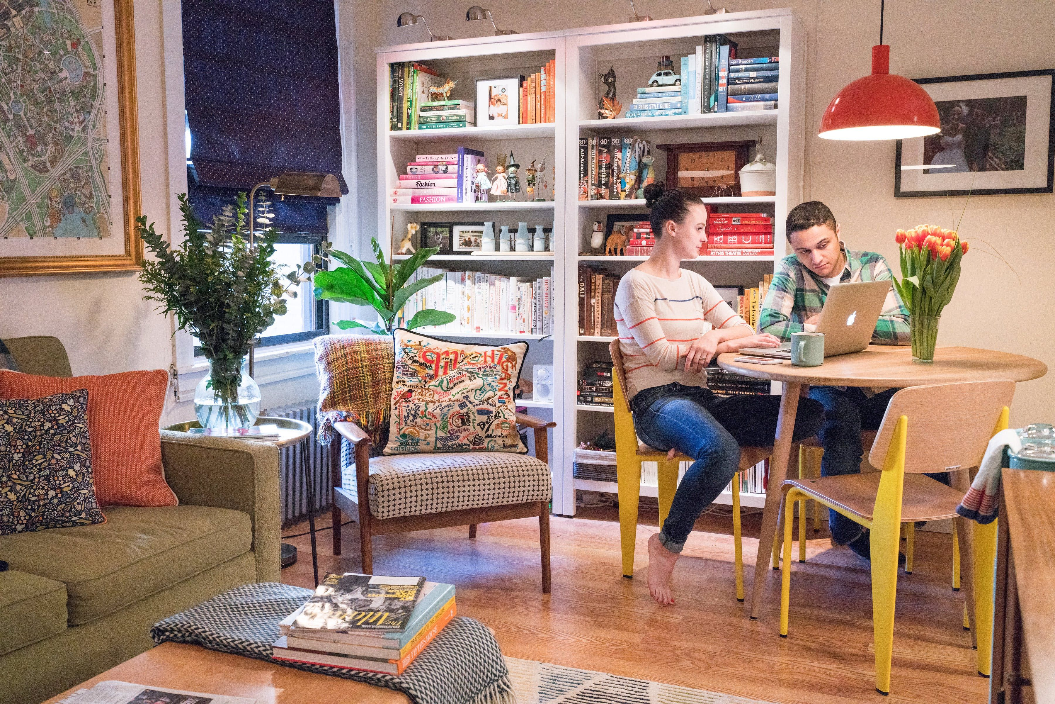 400 Square Feet Color A Nyc Couple