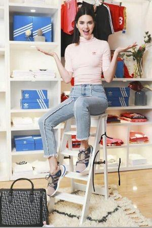 kendall jenner shanghai il 2 aprile 2018 pinterest adidas, kendall
