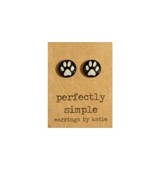 Hey, I found this really awesome Etsy listing at https://www.etsy.com/listing/206587419/paw-print-in-black-hand-drawn-stud